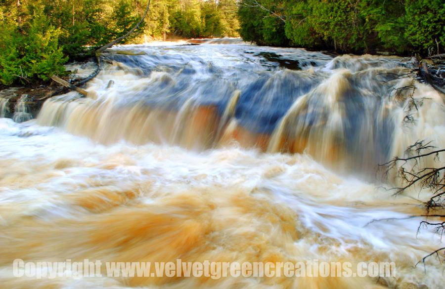 Lower Tahquamenon Falls